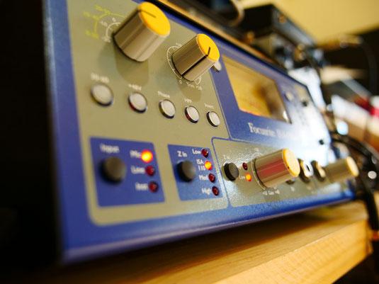 歌の録音には欠かせない有名なマイクプリアンプを導入