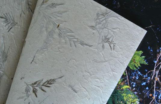 handgeschöpftes Papier, Farn, Vorsatzpapier
