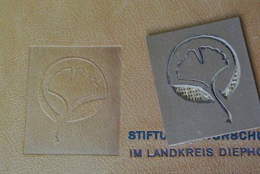Linolstempel, Logo, Prägedruck