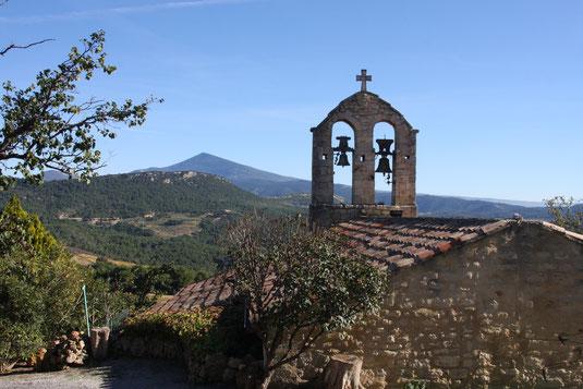 Bild: Kirche Notre Dame in Suzette in den Dentelles de Montmirail