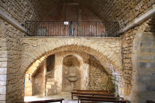 Bild: in der Kirche von Suzette
