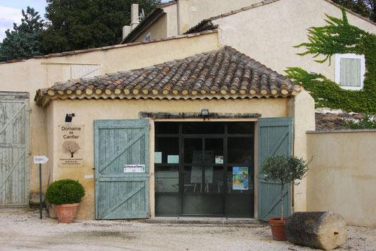 Domaine de Canfier, 260 route de l'Isle sur la Sorgue, 84440 ROBION
