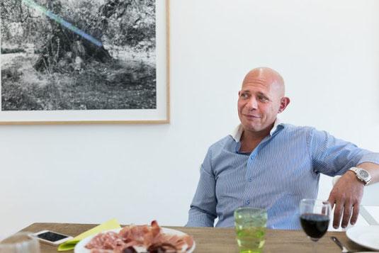 Für Tresch beginnen gute Gespräche mit gutem Essen. (Bild: Juri Gottschall) evoo Kompetenzzentrum für Olivenöl
