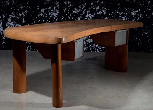 "Bürotisch ""En Forme"" von Charlotte Perriand. Rekordpreis bei Artcurial Paris: 703 400 Euro. Foto: Artcurial, Paris"