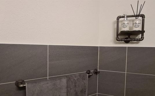 Badhaken Rohrhalter Handtuchhalter aus Rohren Wanddisplay Badezimmer Bad Industrie Deko Einrichtung