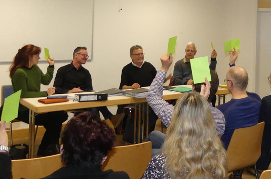 Schriftführerin Doris Futterer, Kassierer Gerald Balle, Vorsitzender Bruno Dreher und Vize Heinrich Walter. (Foto: Susanne Grimm)