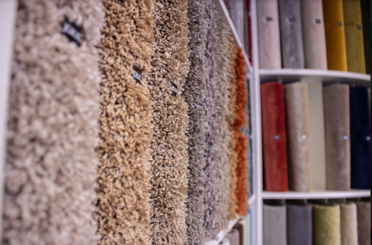 Teppichmuster dürfen natürlich bei keinem Raumausstatter fehlen