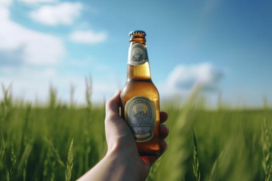 青空のもとはためく旗。黄色、白、赤。1位、2位、3位。