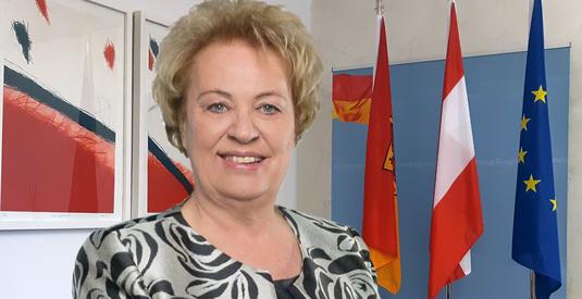 Im Burgenland die erste Frau an der Spitze des Landtags: Verena Dunst