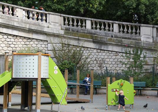 Paris Playground Sacre-coeur
