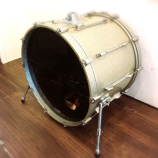 """22""""バスドラム 無料レンタルです。"""