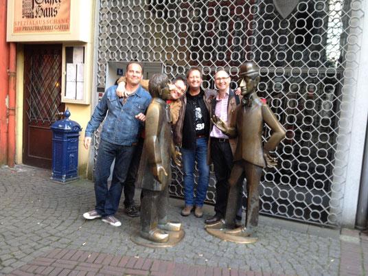 Freunde bei Tünnes un Schäl, Köln Altstadt