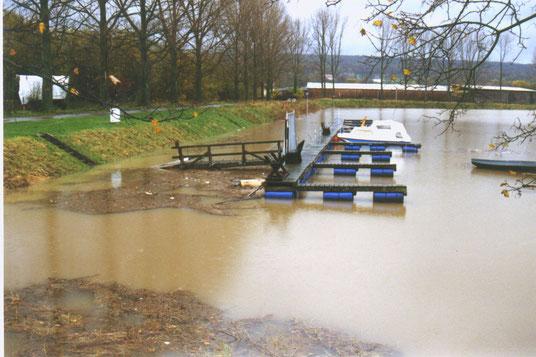 und im November 1998 beweist er auch seine Hochwassertauglichkeit