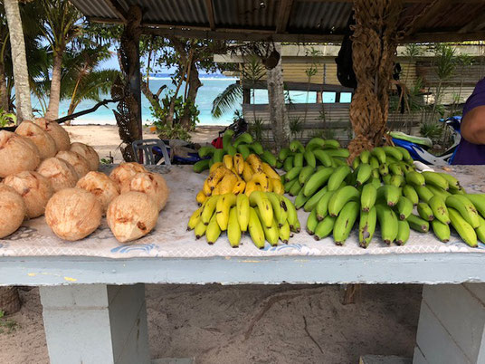 Roadside stall, roadside stall Rarotonga, buy local, support the locals in Rarotonga,
