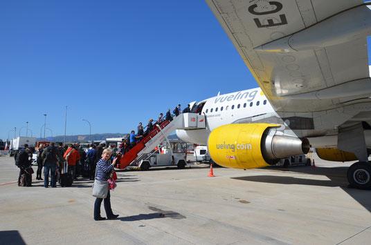 Gegen Mittag des nächsten Tages fliegen wir mit Vueling Airlines wieder zurück nach HH.