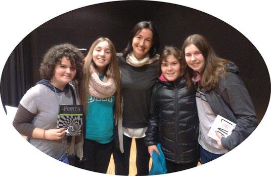 D'esquerra a dreta: Mixa, Sofía, Sònia, Clàudia i Júlia
