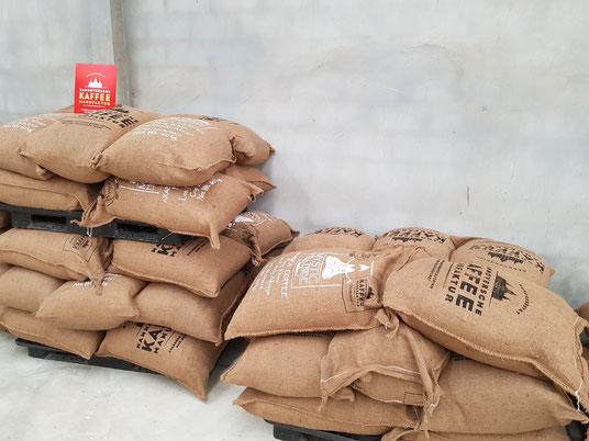 Die Kaffeesäcke in der Hannoverschen Kaffeemanufaktur