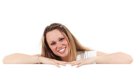 Immer schön lächeln? Lächelst du dir selbst auch mal zu? Was das soll? Lies selbst...