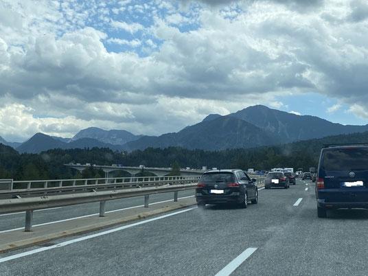 Österreich, Karawanken Tunnel, A11, Villach, Blockabfertigung, Stau