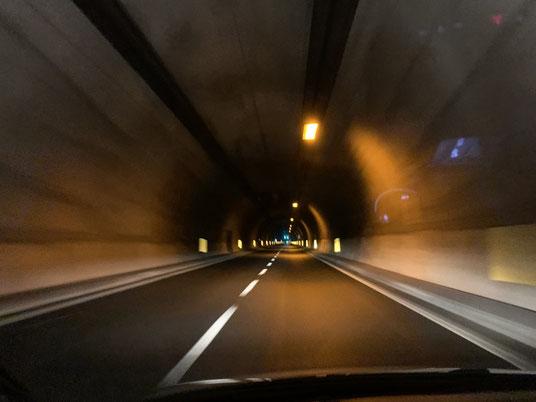 Italien, Sizilien, Sehenswürdigkeit, Tunnel, Autobahn