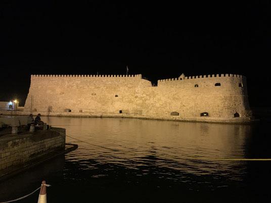 Griechenland, Kreta, Sehenswürdigkeit, Reisebericht, highlight, Urlaub, Heraklion, Hafen, Festung, Burg,