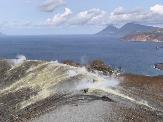 Italien, Sizilien, Liparische Inseln, Äolische, Vulcano, Sehenswürdigkeit, schwarzer Strand, Sandstrand, Vulkan, Schwefel, Gran Cratere