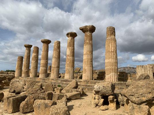 Italien, Sizilien, Sehenswürdigkeit, Agrigento, Valle dei Templi, Tal der Tempel, Ausgrabungsstätte, Antike, Heraklestempel