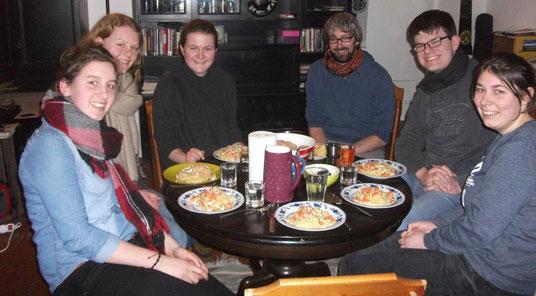 Rückblick auf Neujahr in Riga. Von links nach rechts: Raphaela Polk, Maris Lohmöller, Hannah Olbrich, Matthias Hein, Marcel Fischer und Magdalena Overberg