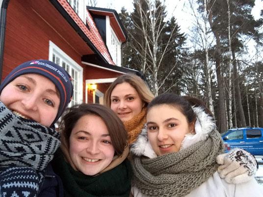 Ruth (links) mit ukrainischen Erasmus-Studentinnen.