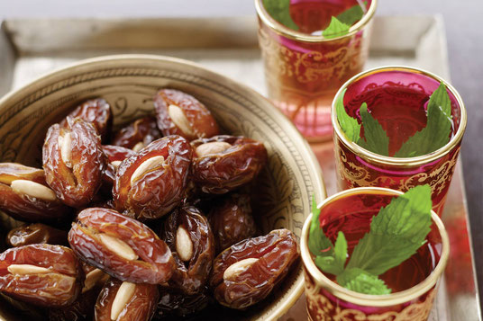 Iranian Dates with tea