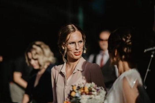 Sonja at work bei einer Open-Air Hochzeit - Tanz-Workshop vor Ort mit Live-Musik