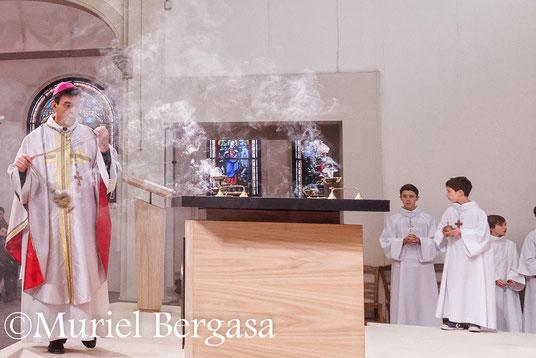 Dédicace du nouvel autel de Notre Dame du Bon Secours - Bois-Colombes - 92 - Diocèse de Nanterre - 8/02/2015