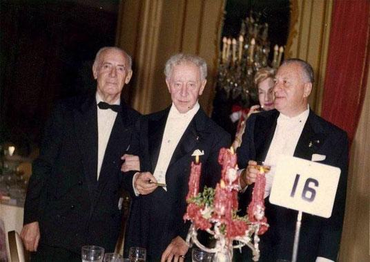 Arthur Rubinstein (al centro) con  Herman Datyner (a sinistra), Odette Golschmann e Fredric Mann [http://www.cervantesvirtual.com/nd/ark:/59851/bmcj68n1]