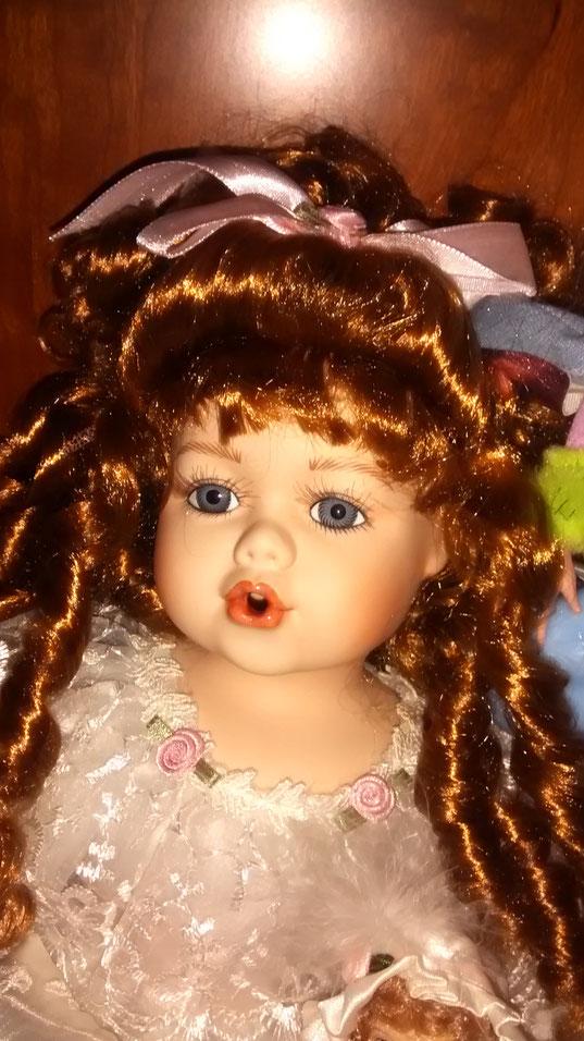 ¡ Linda muñeca ! F. Merche.
