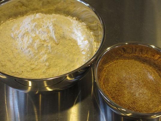 小麦粉、グラハム(全粒粉)粉