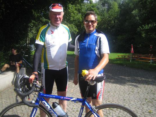 Bei Kaffeepause in Erding - Gottfried (links) und Markus (rechts)