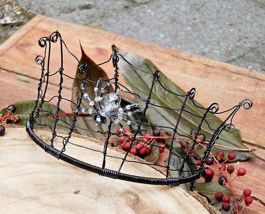 blog over folklore van spinnen en fantasy sieraden