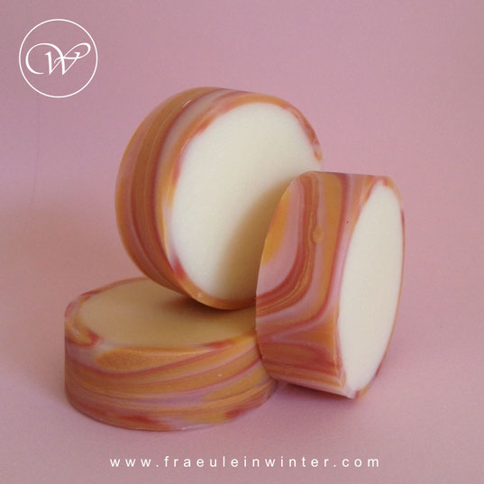 Spinning Swirl / Rimmed Soap by Fräulein Winter