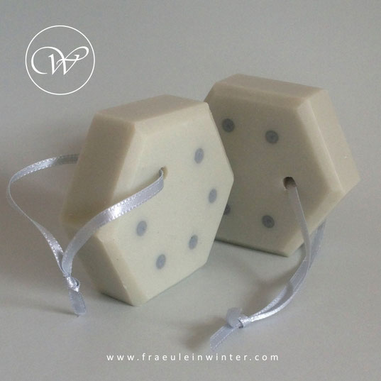 Polka dots - Handmade soap by Fräulein Winter