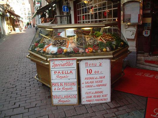 Grenzend aan de St.-Hubertusgallerij vind je de artistieke straatjes met de vele gezellige visrestaurantjes.