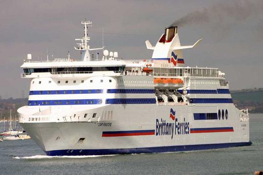 Cap Finistère en 2010, alors qu'il avait toujours ses hublots sur le côté.