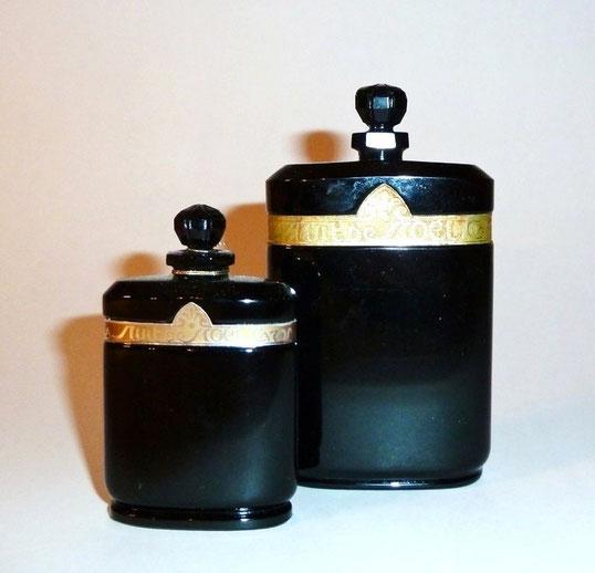 1924 - NUIT DE NOËL : 2 FLACONS DE PARFUM EN CRISTAL NOIR OPAQUE.