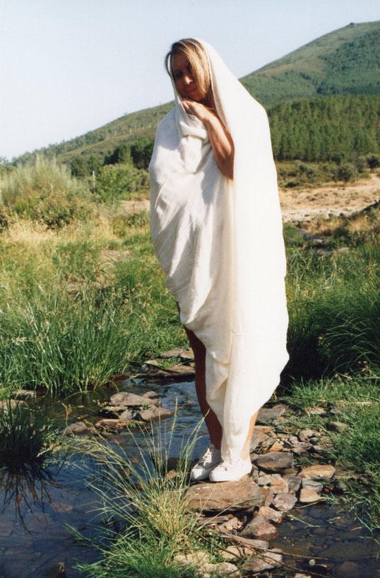 ¿ Virgen en el río Alagón ? jajaja, jajaja. Pedro. Propiedad privada.