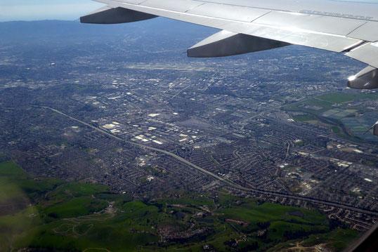 """San Jose, CA ; in der Bildmitte oben """"Norman Y. Mineta San Jose Int. Airport"""""""