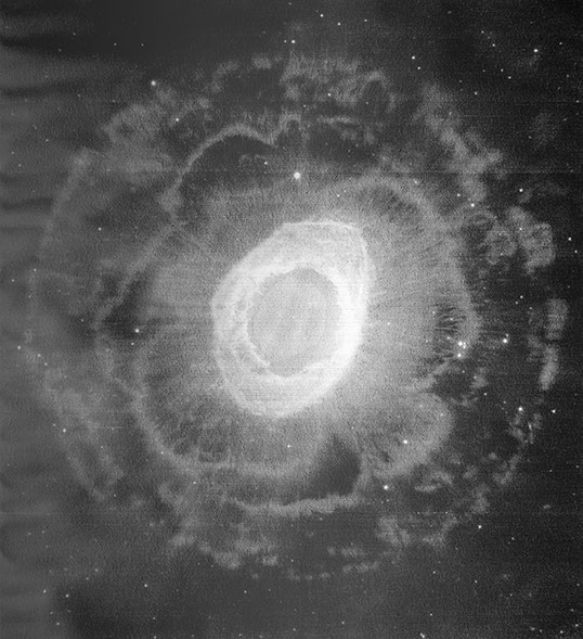 Wolfgang Zach, Ring Nebel (Messier57), Hubble 2013, ESA, 170 x 157 cm, 2018