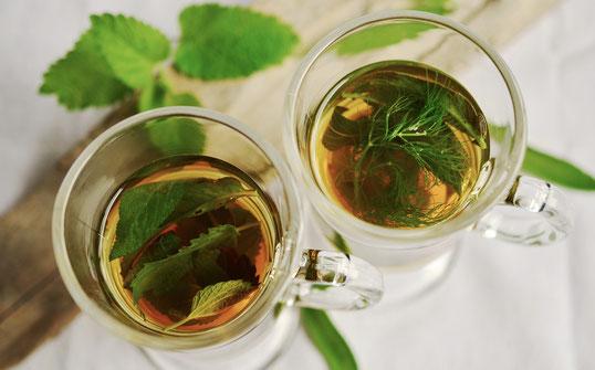 Kurkuma Tee bzw. auch Grüner Tee