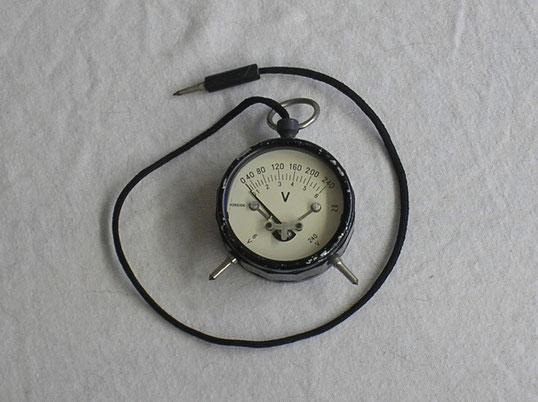 Foreigen & Dom Comp. USA  Taschenvoltmeter von 1950