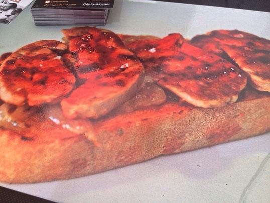 Tosta de Foie de mar (higado de rape sobre pan tostado) una delicia del Marino