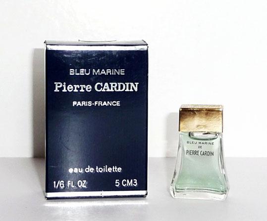 PIERRE CARDIN - BLEU MARINE, EAU DE TOILETTE 5 ML : MINIATURE ASSORTIE AU FLACON 1ère TAILLE CI-DESSOUS