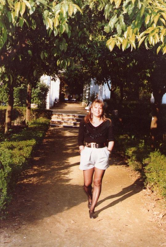 Un delicioso paseo. F. Pedro. P. Privada. ( Parque de María- Luisa )